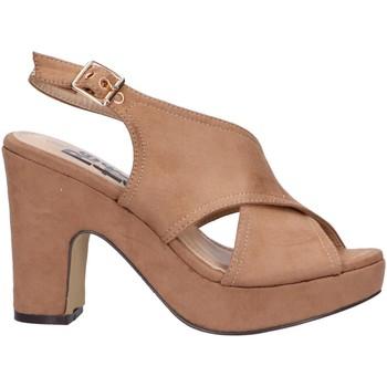 Chaussures Femme Sandales et Nu-pieds Refresh 69753 Beige