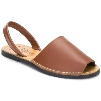 Chaussures Femme Sandales et Nu-pieds Avarca Cayetano Ortuño  Marron