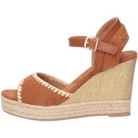 Chaussures Femme Sandales et Nu-pieds Refresh 69561 chameau