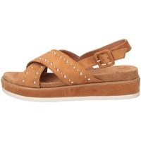 Chaussures Femme Sandales et Nu-pieds Refresh 69508 chameau