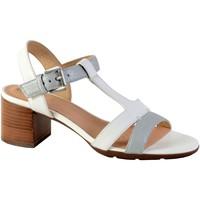 Chaussures Femme Sandales et Nu-pieds Geox Sandales D Marykarmen M.S.E-SM.LE+SY Cream/LT Gold