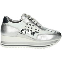 Chaussures Femme Baskets basses Comart 1A3385 Blanc/Argent