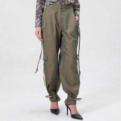 Vêtements Femme Pantalons cargo Smart & Joy LAURIER Vert kaki