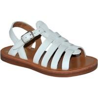 Chaussures Fille Sandales et Nu-pieds Pom d'Api plagette strap softy blanc