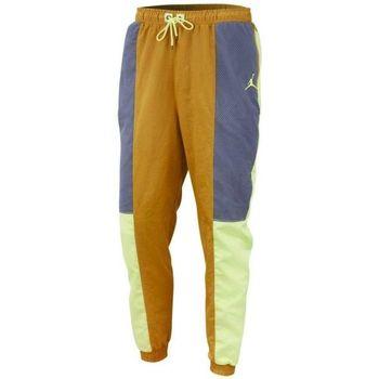 Vêtements Homme Pantalons de survêtement Nike Pantalon de Beige