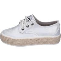 Chaussures Fille Baskets basses Xti sneakers cuir synthétique argenté