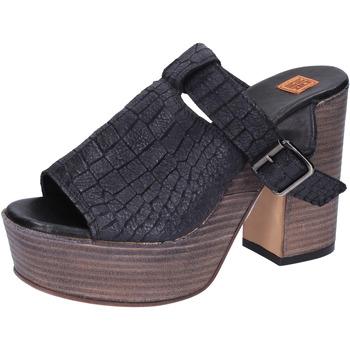 Chaussures Femme Sandales et Nu-pieds Moma sandales cuir noir