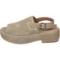 Chaussures Femme Sandales et Nu-pieds Moma sandales daim doré