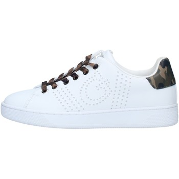Chaussures Femme Baskets basses Guess FL7RAOELE12 SNEAKERS RANVO PERFORATURE