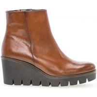 Chaussures Femme Bottines Gabor Bottines compensées à lacets cuir lisse talon  compensé Marron