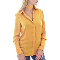 Vêtements Femme Chemises / Chemisiers Guess W0BH05 W3TO2 Jaune