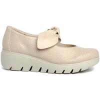 Chaussures Femme Derbies & Richelieu Traveris 92300 Beige