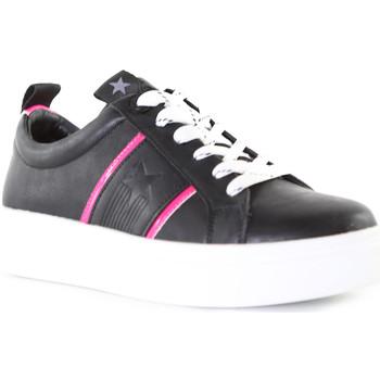 Chaussures Femme Baskets basses Wrangler WL01600A Noir