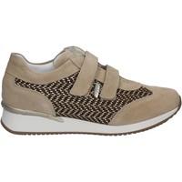 Chaussures Femme Baskets basses Keys 5003 Beige