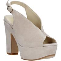Chaussures Femme Sandales et Nu-pieds Grace Shoes TQ 107 Beige