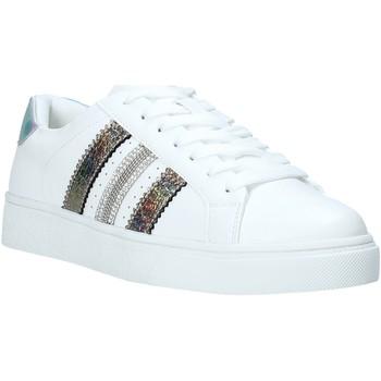 Chaussures Femme Baskets basses Gold&gold A20 GA432 Blanc