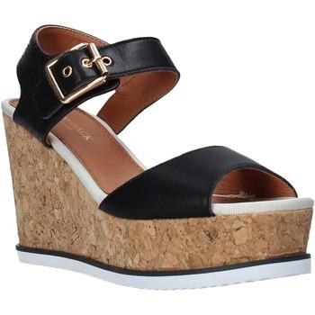 Chaussures Femme Sandales et Nu-pieds Lumberjack SW83106 001 Q85 Noir