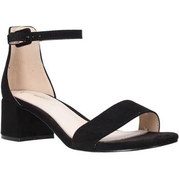 Chaussures Femme Sandales et Nu-pieds Gold&gold A20 GD186 Noir