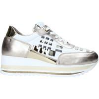 Chaussures Femme Baskets basses Comart 1A3385 Autres