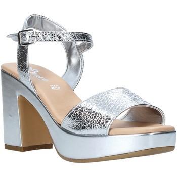 Chaussures Femme Sandales et Nu-pieds Grace Shoes L220 Argent
