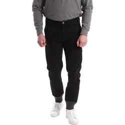 Vêtements Homme Chinos / Carrots Gaudi 62BU20001 Noir