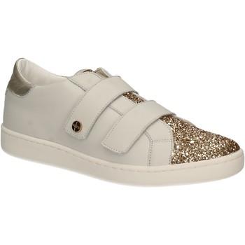 Chaussures Femme Baskets basses Keys 5059 Blanc