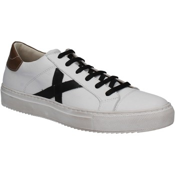 Chaussures Femme Baskets basses Mally 7608 Blanc