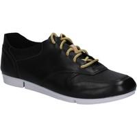 Chaussures Femme Baskets basses Clarks 123799 Noir
