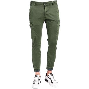 Vêtements Homme Pantalons cargo Gaudi 921BU25011 Vert