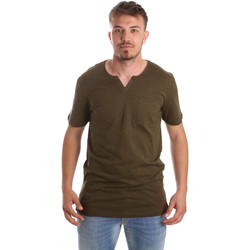 Vêtements Homme T-shirts manches courtes Antony Morato MMKS01487 FA100139 Vert