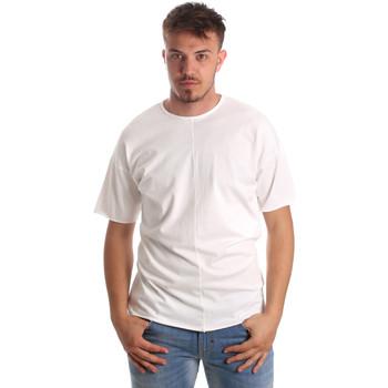Vêtements Homme T-shirts manches courtes Antony Morato MMKS01564 FA100189 Blanc