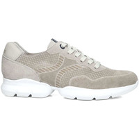 Chaussures Homme Baskets mode CallagHan 17700 Beige