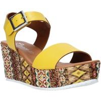 Chaussures Femme Sandales et Nu-pieds Grace Shoes 06 Jaune