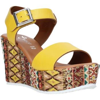 Chaussures Femme Sandales et Nu-pieds Grace Shoes 08 Jaune