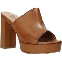 Chaussures Femme Mules Grace Shoes 492PL008 Marron