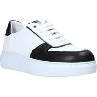 Chaussures Homme Baskets basses Exton 956 Noir