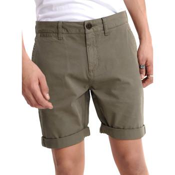 Vêtements Homme Shorts / Bermudas Superdry M7110018A Vert