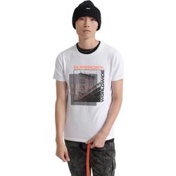 Vêtements Homme T-shirts manches courtes Superdry M1000047A Blanc