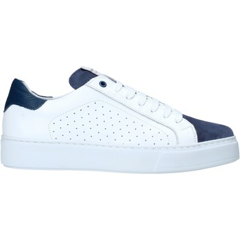 Chaussures Homme Baskets basses Exton 860 Blanc