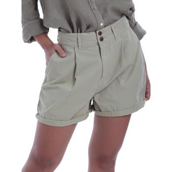 Vêtements Femme Shorts / Bermudas Pepe jeans PL800895 Vert
