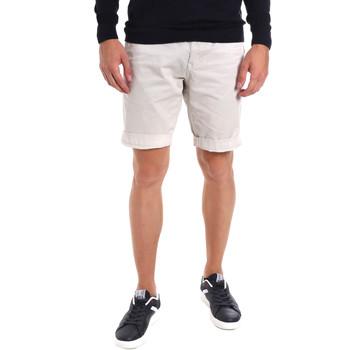 Vêtements Homme Shorts / Bermudas Gaudi 011BU25023WC Gris