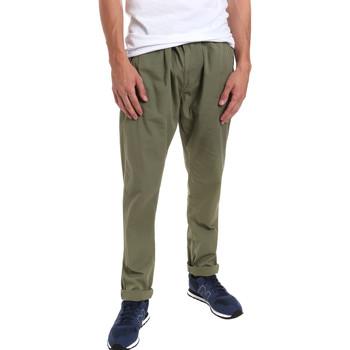 Vêtements Homme Chinos / Carrots Gaudi 011BU25015 Vert