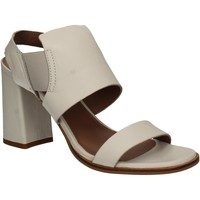 Chaussures Femme Sandales et Nu-pieds Mally 5228 Blanc