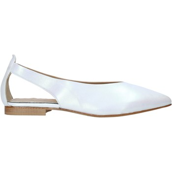 Chaussures Femme Sandales et Nu-pieds Mally 6817 Blanc