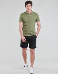 Vêtements Homme Shorts / Bermudas Lacoste SHOSTA Noir
