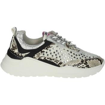 Chaussures Femme Baskets basses Meline 532 Blanc crème
