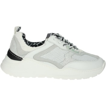 Chaussures Femme Baskets basses Meline 530 Blanc