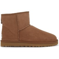 Chaussures Homme Boots UGG Tronchetto UGG Classic II Mini marrone in montone Brun