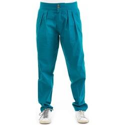 Vêtements Femme Chinos / Carrots Fantazia Pantalon carotte femme casual chic Musha Bleu