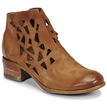Chaussures Femme Boots Les Iles Wallis et Futuna GIVE PERF Camel
